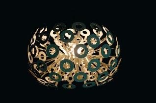 Lampan kommer från Moooi och heter Dandelion